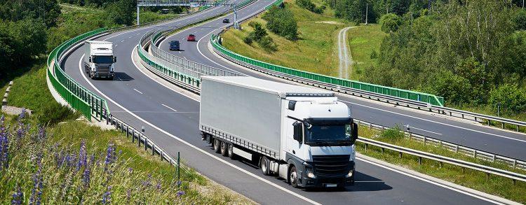 Ciężarówki - transport drogowy